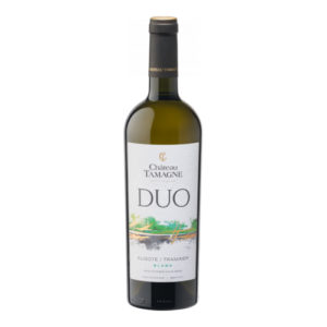 Semi-sweet white wine